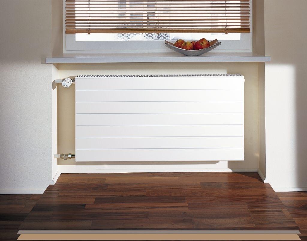kermi x2 line k at typ22bh559x102x1305 qn1896 wei 10 bar m abdeckung. Black Bedroom Furniture Sets. Home Design Ideas